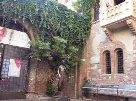 20150721 Giulietta Romeo Balcone Re Life dismappa Verona 61