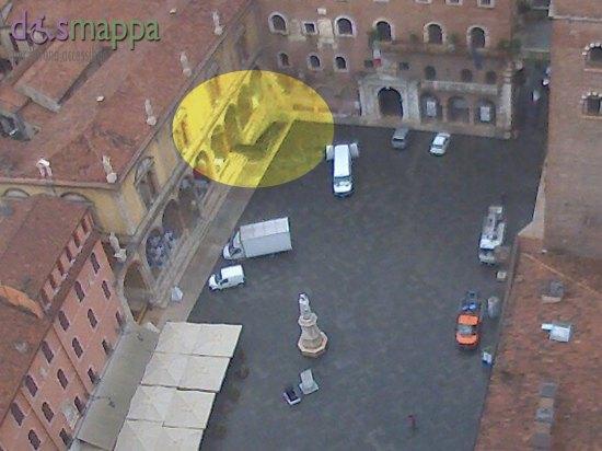Dalla webcam in Piazza dei Signori si può vedere la nuova rampa costruita per LibrarVerona 2015,  per la prima volta sarà accessibile a tutti accessibile la bella Loggia, speriamo lo diventi stabilmente!