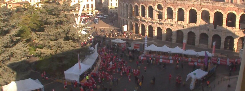 20151220 Corsa Babbo Natale Verona Arena webcam