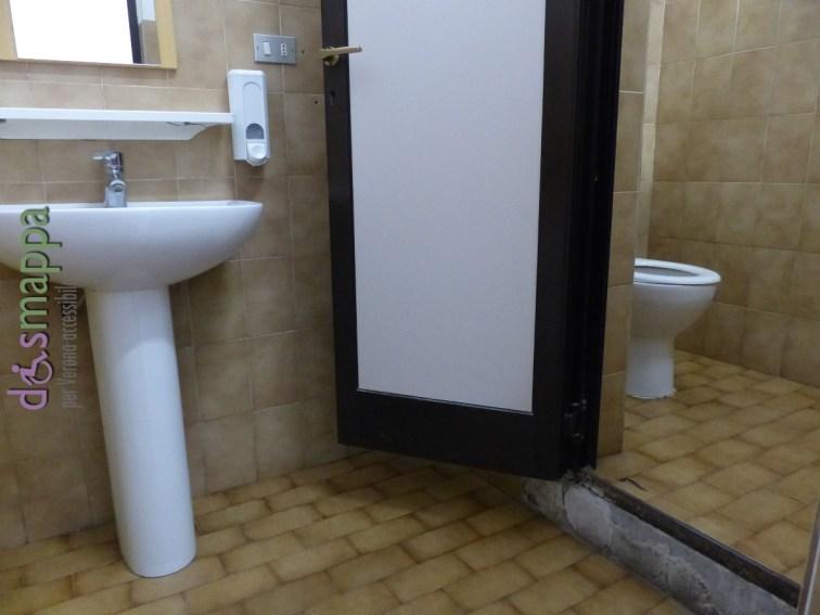 20160323 Barriere architettoniche Verona bagni Arsenale dismappa 656