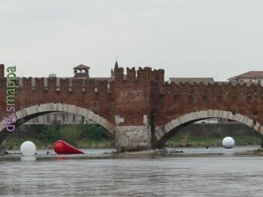 20160401 Franco Mazzucchelli sculture gonfiabili Adige Verona dismappa 314