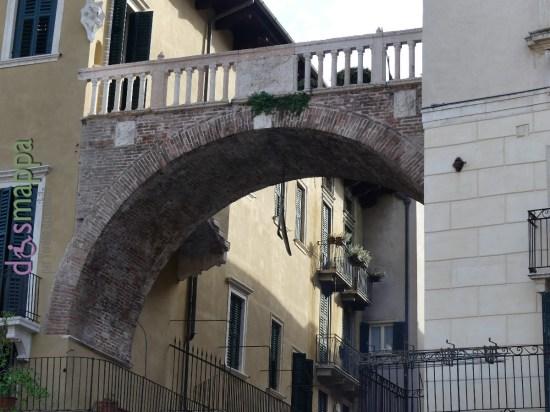 20160508 Costa Piazza Erbe Verona dismappa 747