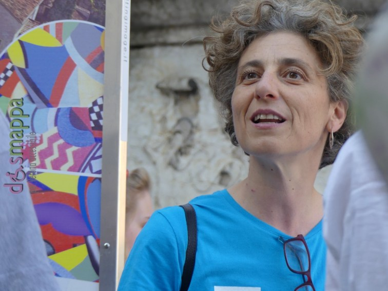 20160621 International Day Yoga Piazza Erbe Verona dismappa 1092