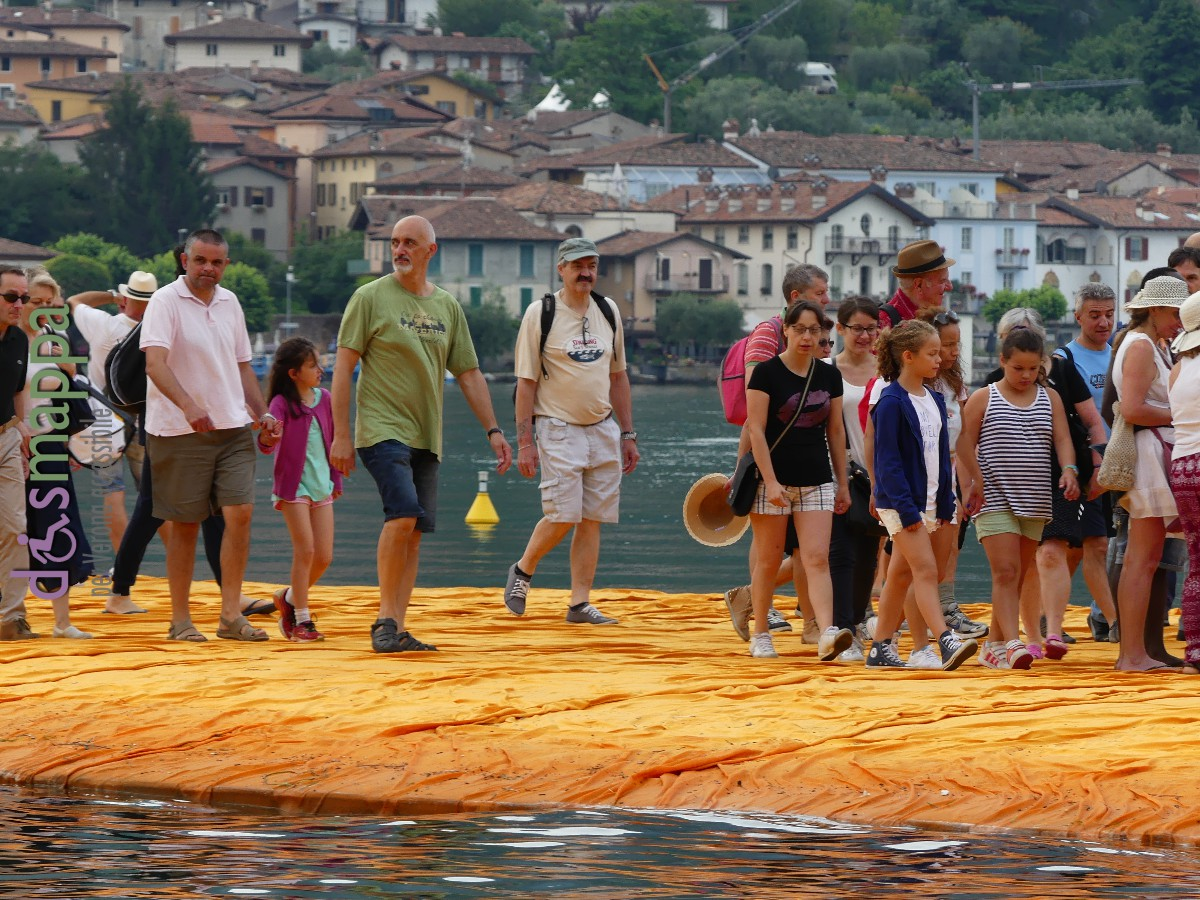 20160629 Christo Floating Piers Jeanne Claude Iseo dismappa 525