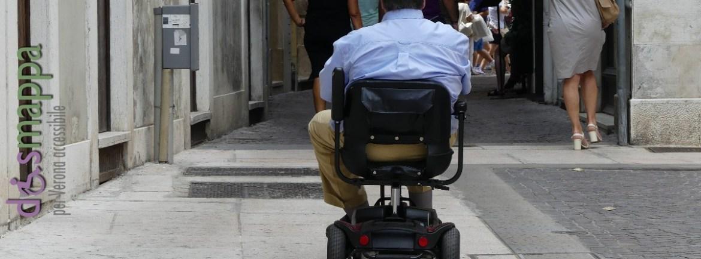 20160708 Carrozzina Scooter Piazzetta Navona Verona dismappa