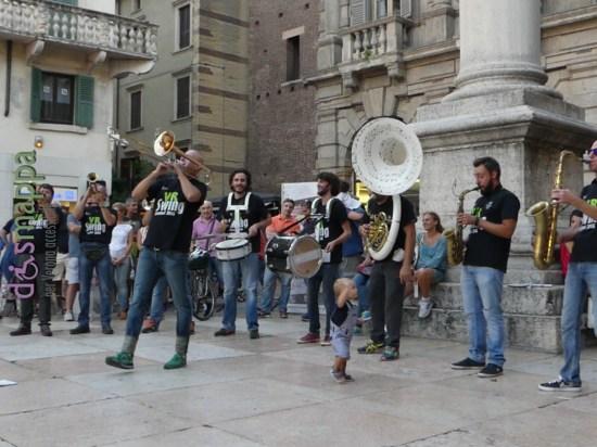 20160813 Sauros Band Verona Swing dismappa