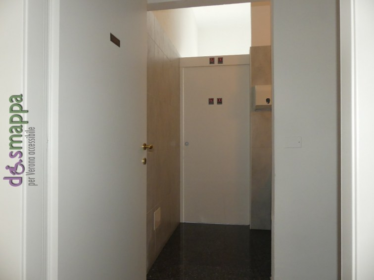 Entrata bagno accessibile disabili ristorArte Gran Can Pedemonte Verona