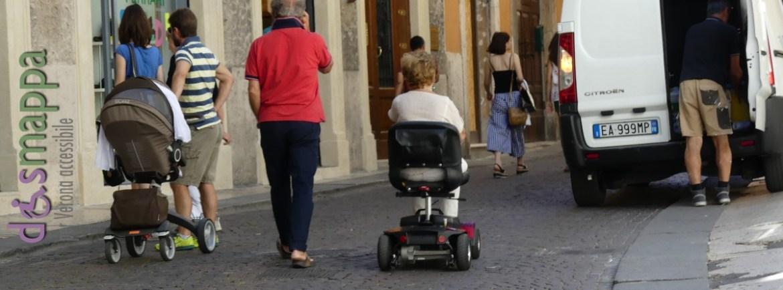 20160716 Disabile carrozzina via Oberdan Verona dismappa 852