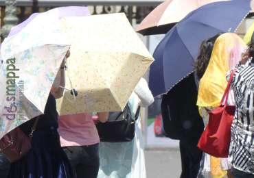 20170623 Turusti Verona ombrelli sole 478
