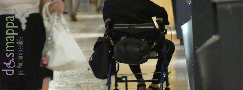 20170815 Disabile carrozzina via Mazzini Verona dismappa 665