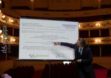 Il direttore del Teatro Nuovo Paolo Valerio presenta la stagione 2017/2018 della rassegna divertiamoci a teatro e il manifesto dei teatri accessibili dell'associazione dismappa