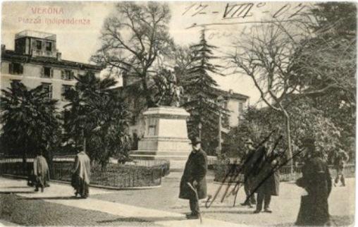 Cartolina del 1907 - Giardini di Piazza Indipendenza e monumento a Giuseppe Garibaldi a Verona