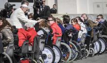 Papa Francesco: promuovere un cambiamento culturale incentrato sull'abbattimento di tutte le barriere esistenti