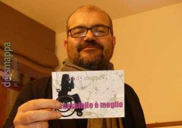 Il regista Cosimo Gomez testimone di accessibilità a Casa disMappa, dopo la presentazione del suo bellissimo film Brutti e cattivi in Gran Guardia, come evento conclusivo del Festival Non c'è differenza.