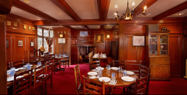 6 Things You May Not Know About Liberty Tree Tavern In Magic Kingdom! 3