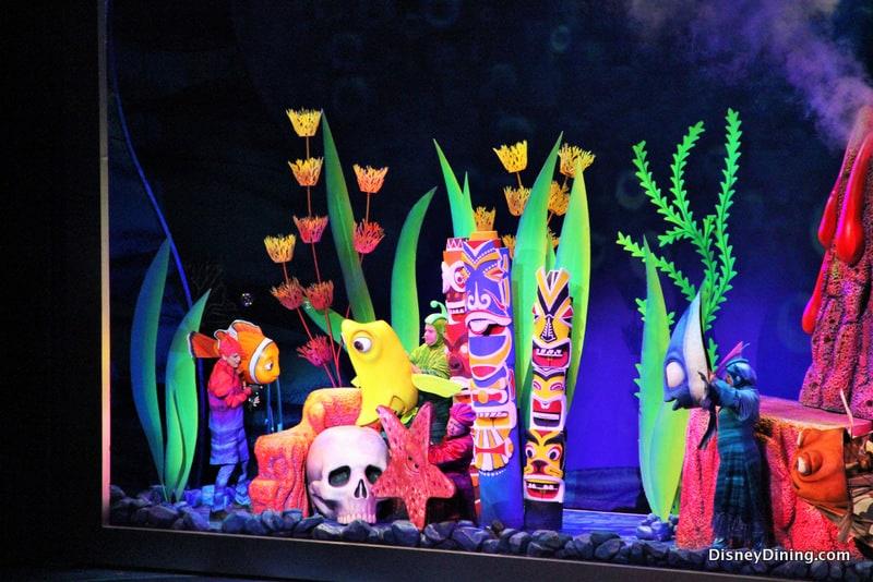 Aquarium Scene Finding Nemo The Musical Dinoland Disneys Animal