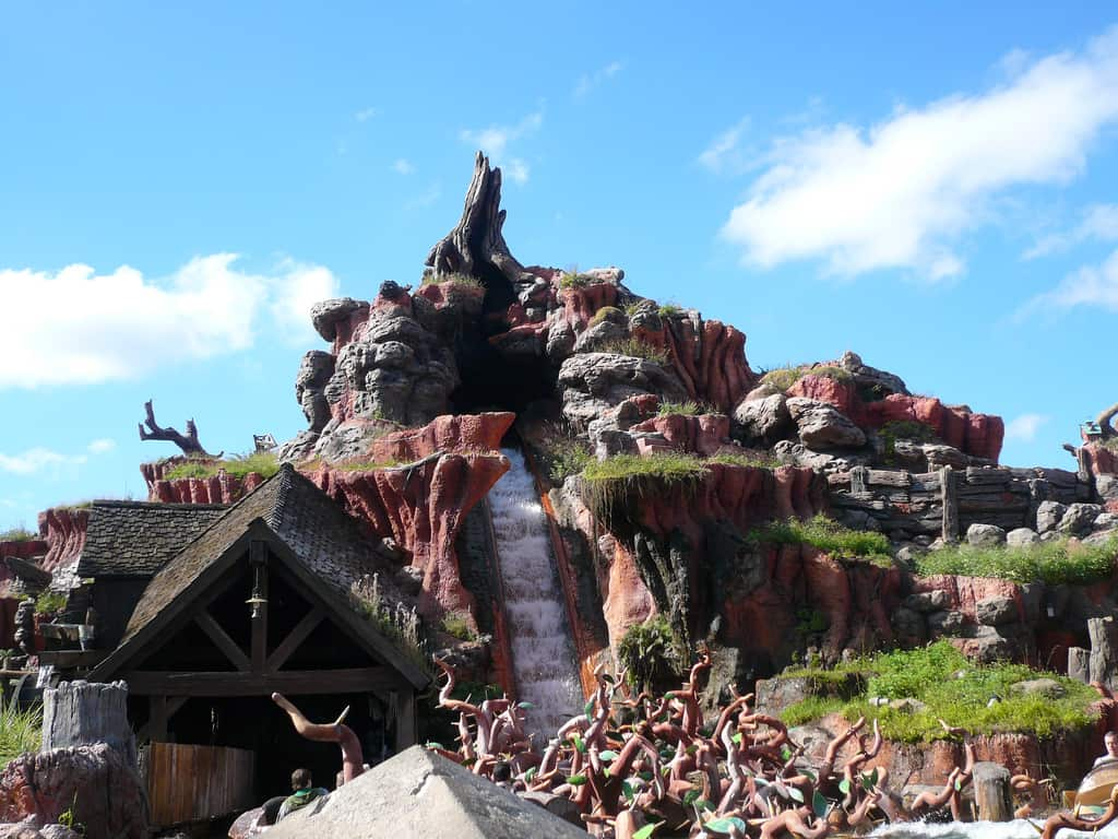 7 Satisfactual Facts About Splash Mountain