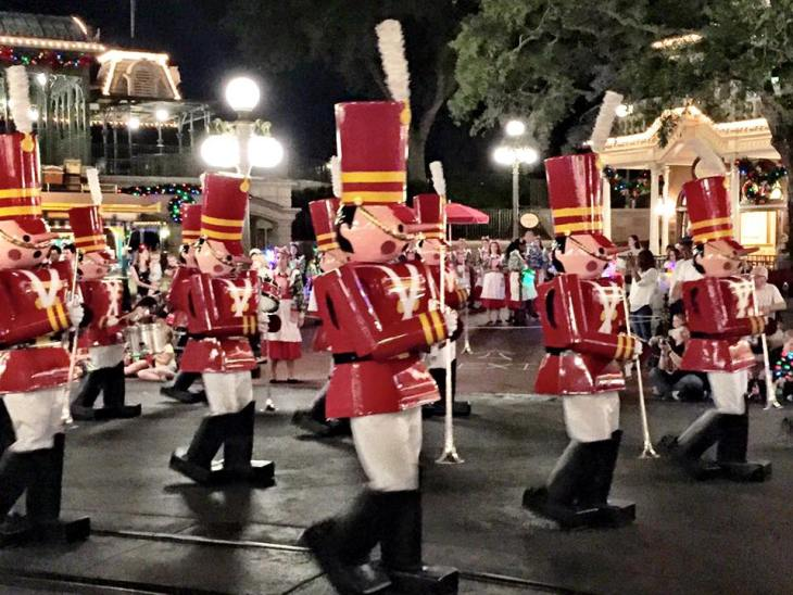 Mickey's-Very-Merry-Christmas-Party-Parade-Wooden-Soldiers