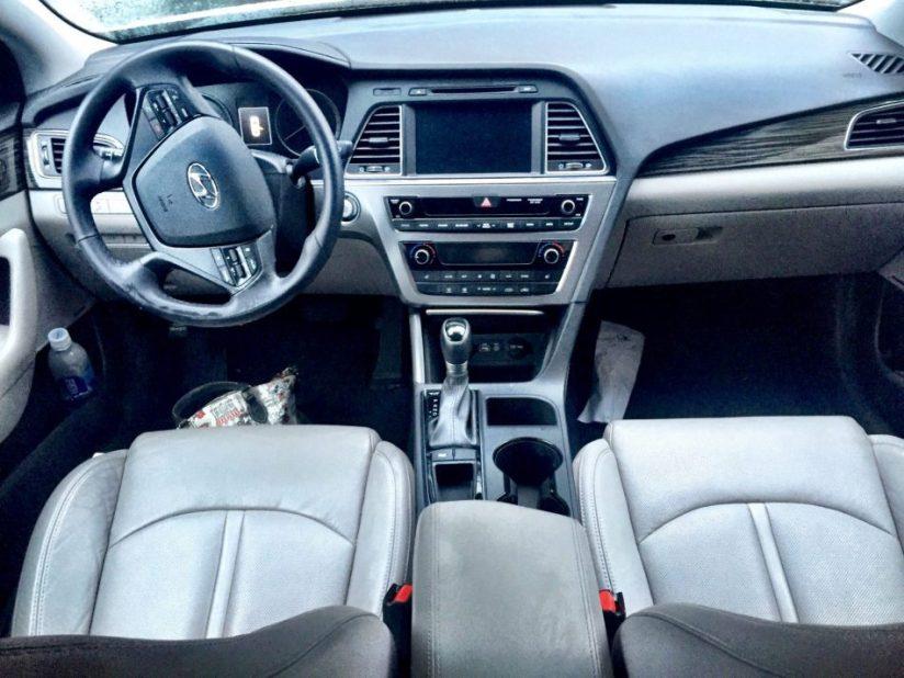 #DriveHyundai-Frontseat