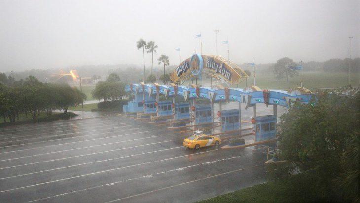 Hurricane Irma Walt Disney World Park Closure Magic Kingdom