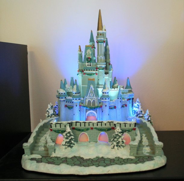 Disney Christmas Party - Disney in your Day