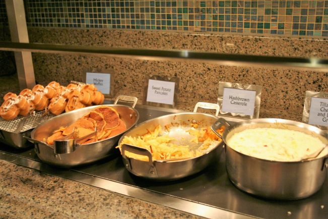 breakfast at The Wave - Disney in your Day