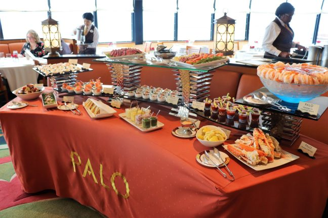 dining on the Disney Wonder - Disney in your Dya