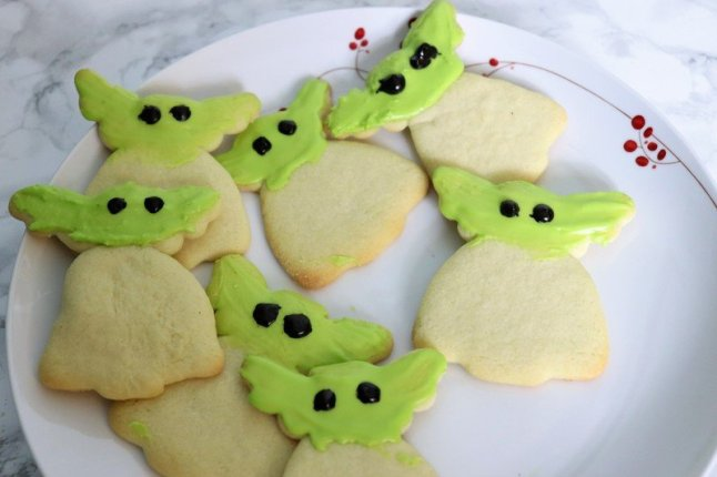 baby yoda cookies - Disney in your Day