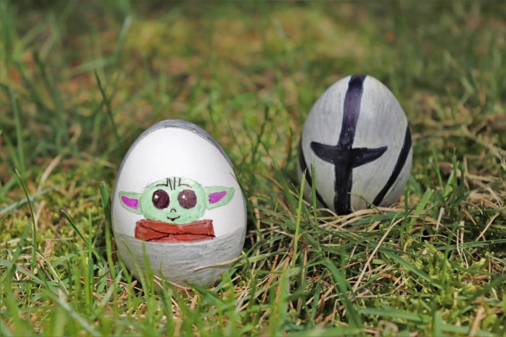 DIY baby yoda Easter eggs - Disney in your Day