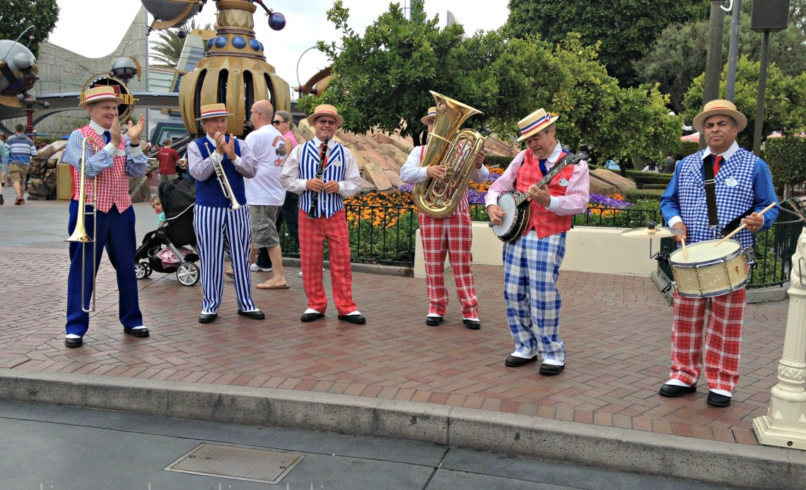 bandas en Disneylandia