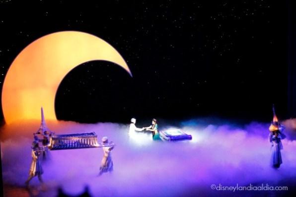 Escena del show de Aladino en Disney California Adventure
