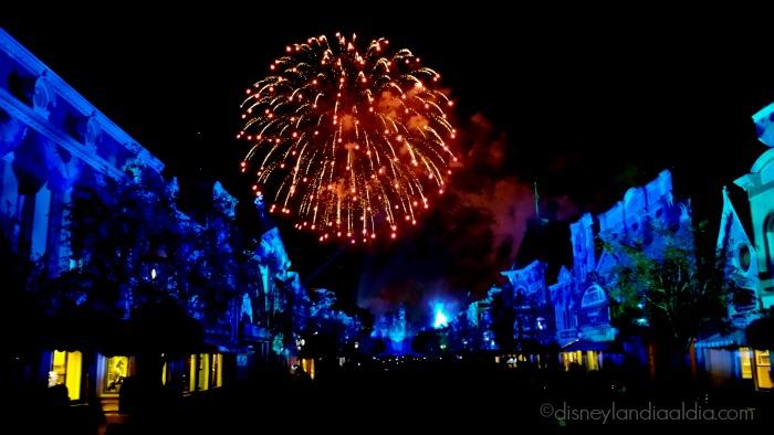 aniversario-magico-un-vistazo-a-disneyland-forever-fireworks