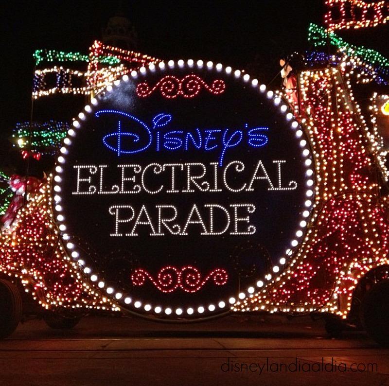 main-street-electrical-parade-regresa-a-disneylandia-tiempo-limitado
