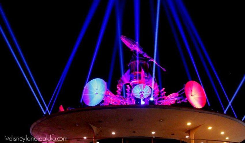 Una Vista de Altura: Tomorrowland Skyline Lounge en Disneylandia