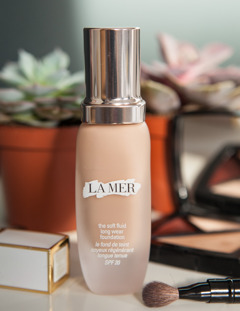 La Mer the soft fluid Long Wear foundation by Emma Miranda Moore for Disneyrollergirl