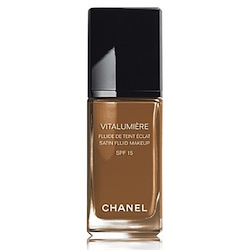 Chanel-Vitalumiere-satin-fluid