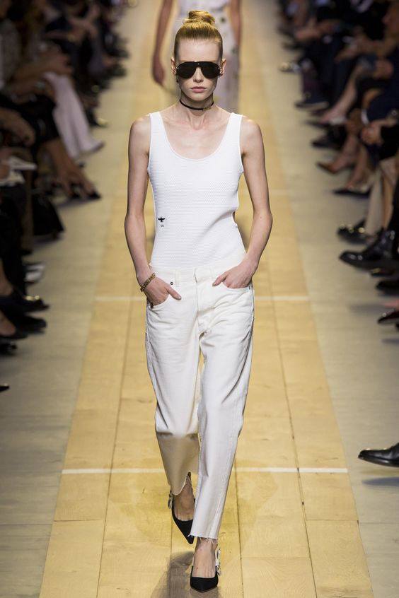 Spring trends 2017 - Dior ss17 white jeans