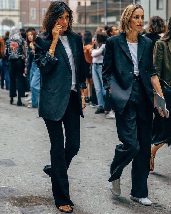 Emmanuelle Alt street style at fashion week