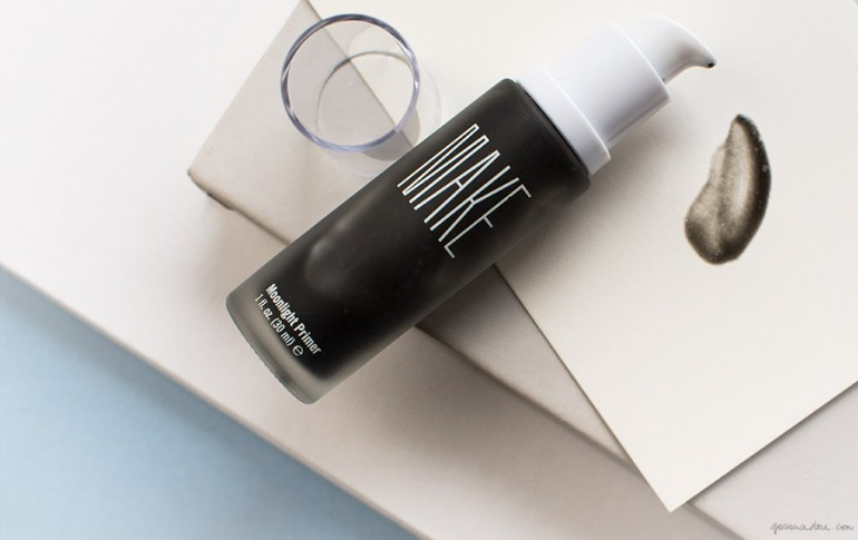 Make Beauty moonlight primer uses marine algae to protect skin against HEV light.