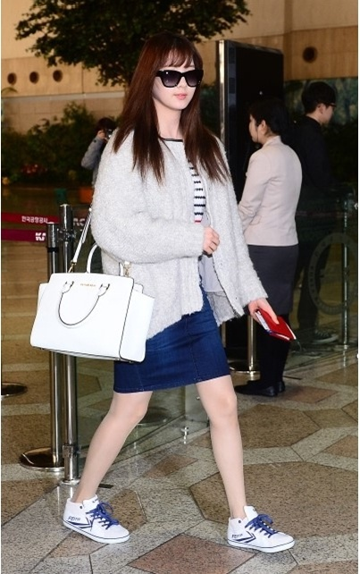 Seohyun-Michael-Kors-bag