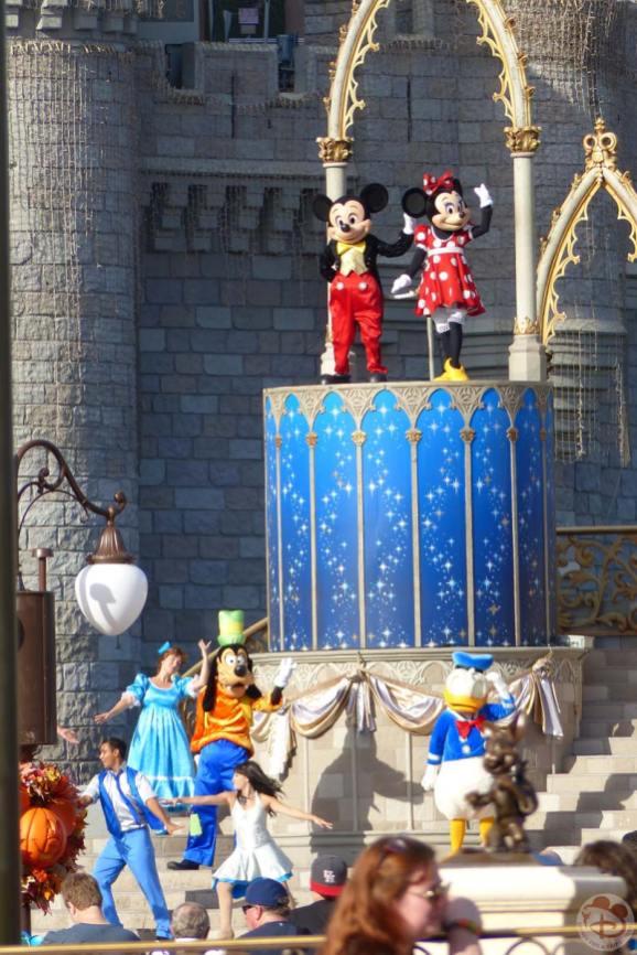 Magic Kingdom- Dream Along With Mickey