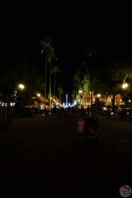 disney-hollywood-studios-at-night-2