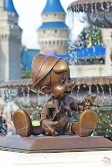 Pinocchio Statue - Magic Kingdom