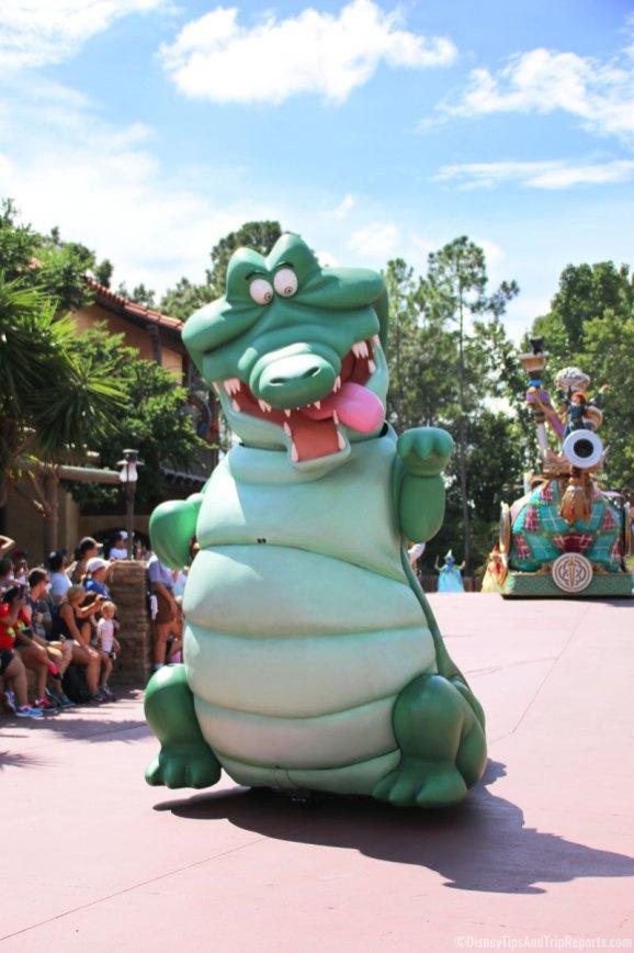 Festival of Fantasy Parade - Magic Kingdom - Crocodile