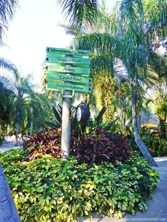 Signposts at Discovery Cove