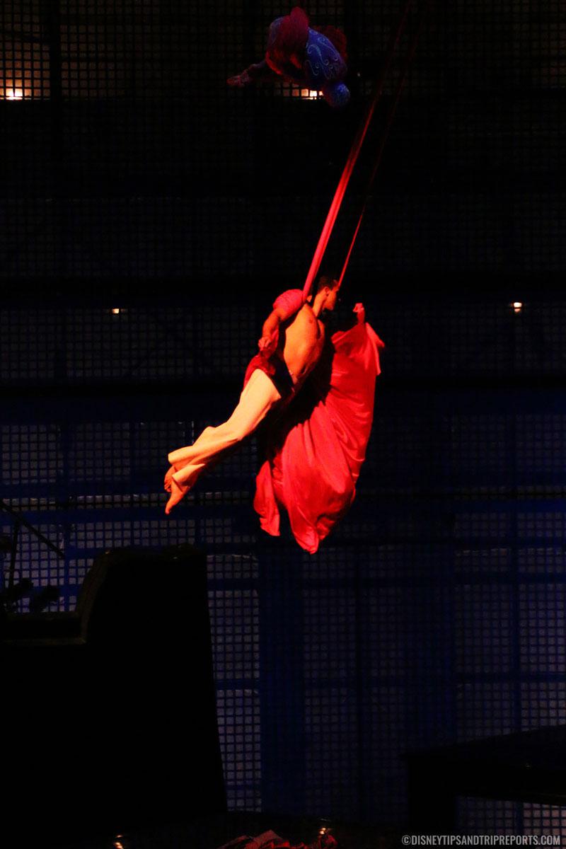 Aerial Ballet - Cirque Du Soleil - La Nouba