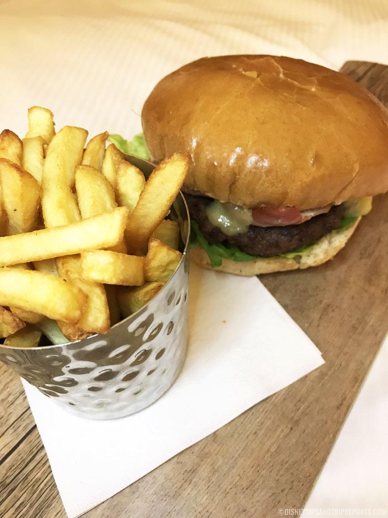 Beef Burger - Hilton London Gatwick Airport Hotel