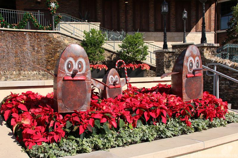 Disney Springs - Steampunk Penguins
