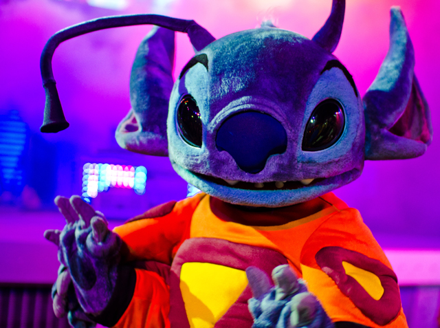 stitch-halloween-dance-party