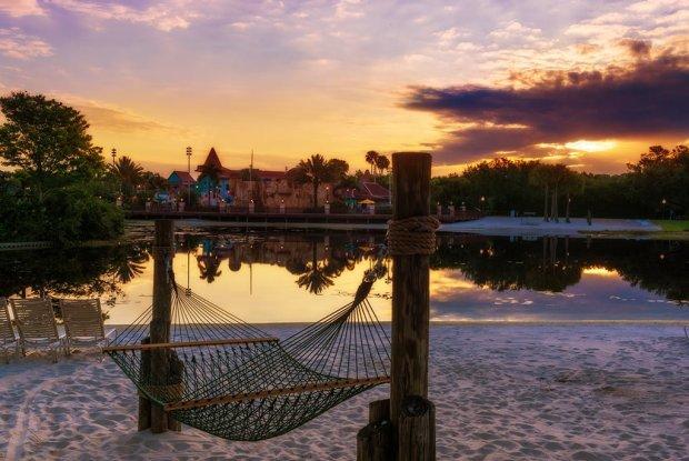 caribbean-beach-hammock-sunrise